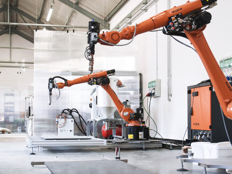 3D Printing against Corona: Kuka robots print PPE in Northern Italy