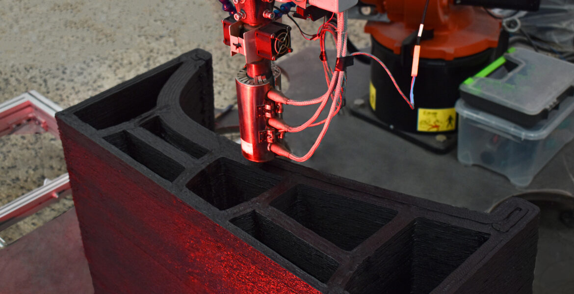 Caracol, leader in Large-Scale Additive Manufacturing, closes its first seed round for € 3,5 million led by Primo Ventures and EUREKA!  Venture SGR to accelerate the development of large-scale robotic 3D printing for industrial sectors