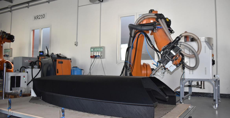 Caracol e NextChem producono Beluga: la prima barca a vela al mondo stampata in  3D con materiale plastico riciclato MyReplast™ per la Milano Design Week 2021